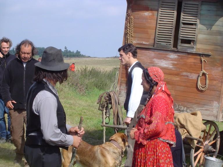 Roulote dans le tournage de Liberté deTony Gatlif avec Marc Lavoine